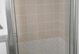 Soluzione doccia disabili al posto della vasca