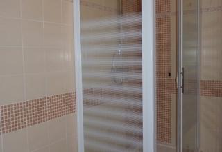 Rivestimenti in finto mosaico e box doccia 6mm