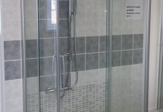 Cambio vasca con doccia e posa piastrelle