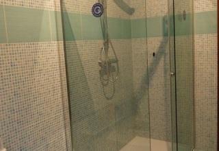 Rivestimenti in finto mosaico e box doccia 8mm