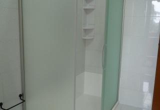 Cambio vasca con doccia in vetro satinato alluminio 6mm satinato